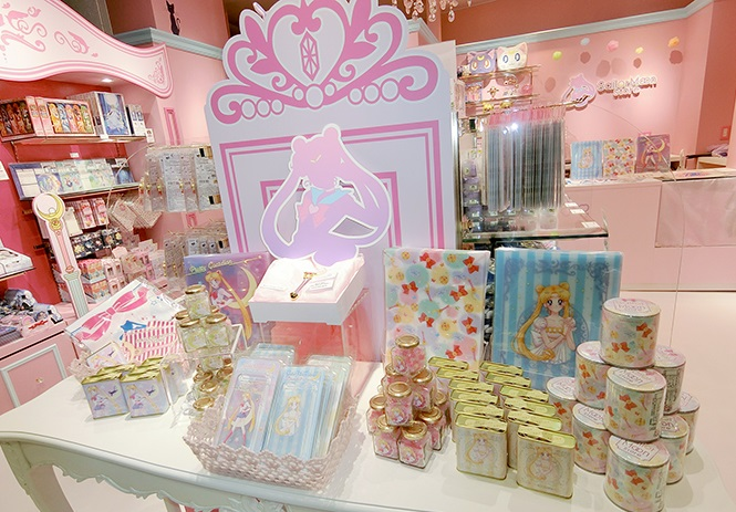 SAILOR MOON STORE (2)