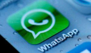 Whatsapp torna a pagamento. La nuova truffa sull'app di messaggistica