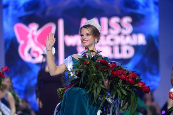prima Miss Mondo in sedia a rotelle