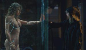 """""""…Ready for it?"""", Taylor Swift contro se stessa nel nuovo video"""