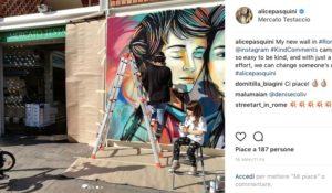 Giornata mondiale della gentilezza: Alice Pasquini fa un murale a Roma