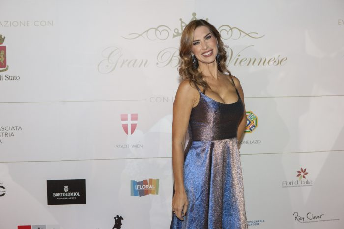 Veronica Maya 2