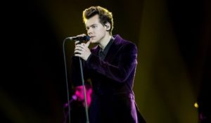 Harry Styles canta Sign Of The Times a X Factor – VIDEO