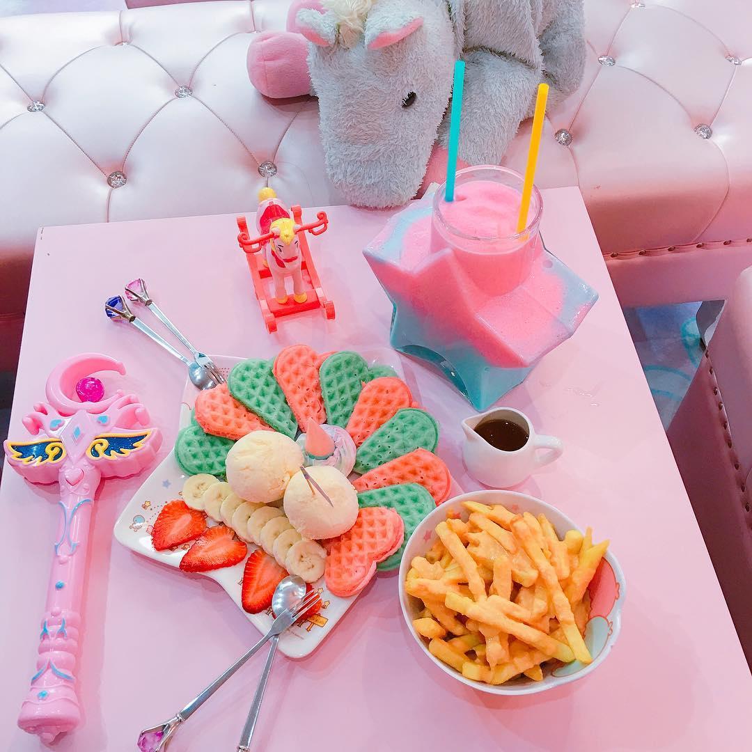 unicorn café bangkok (10)