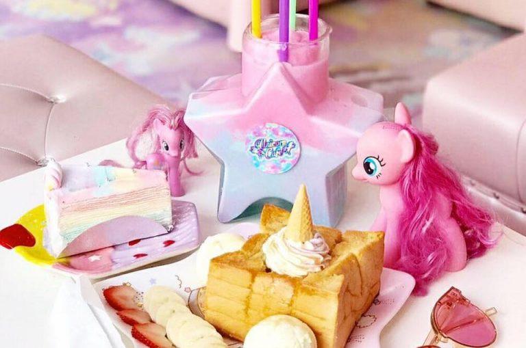 unicorn café bangkok (15)