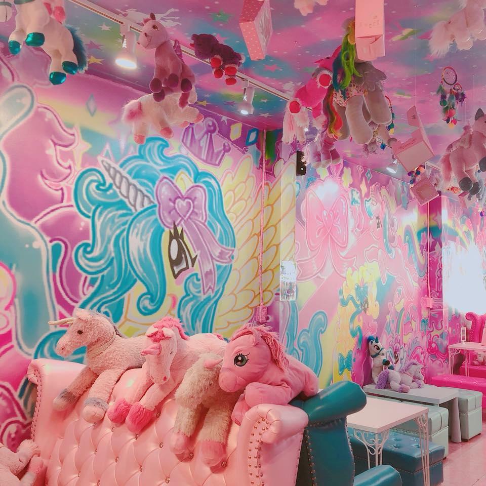 unicorn café bangkok (21)