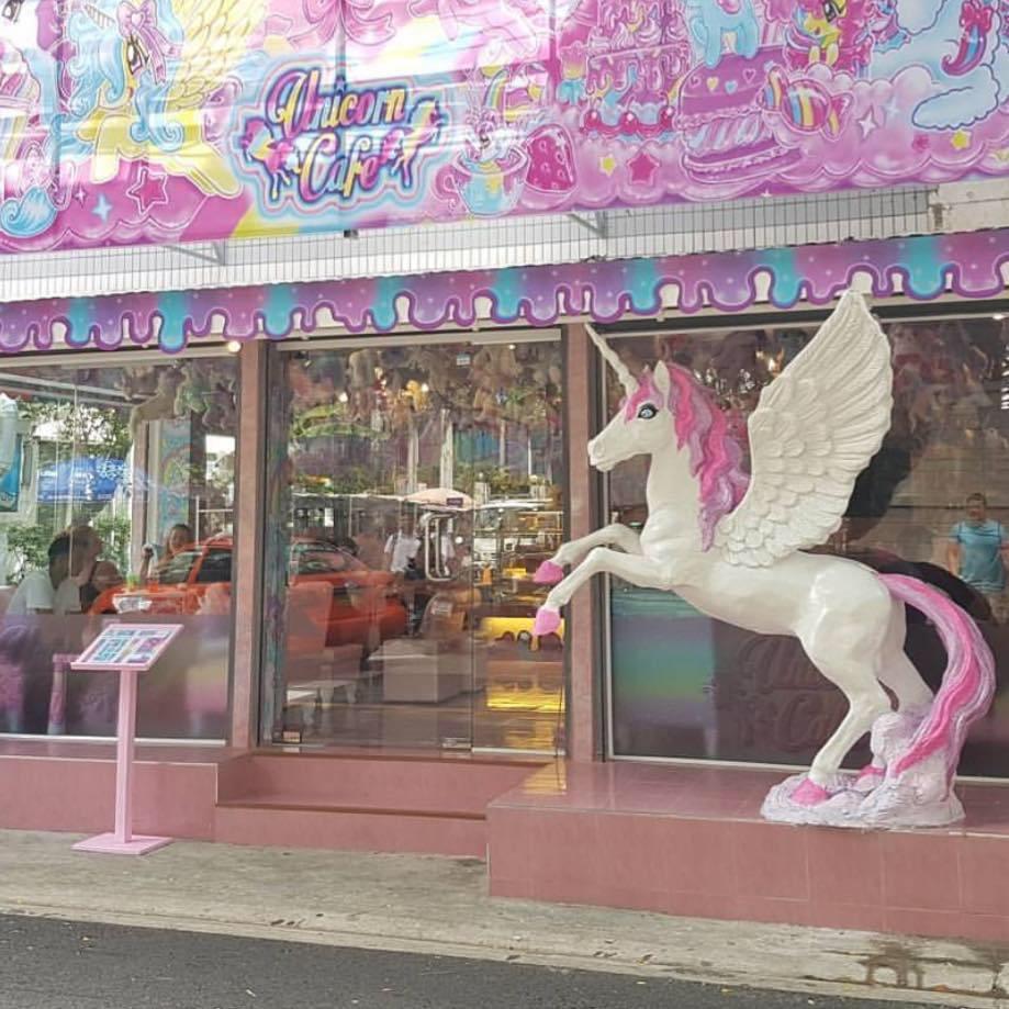 unicorn café bangkok (5)