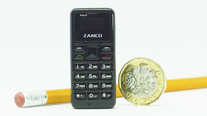 cellulare più piccolo del mondo (2)