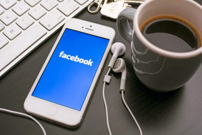 Facebook si accorda con Sony per usare le canzoni nei video