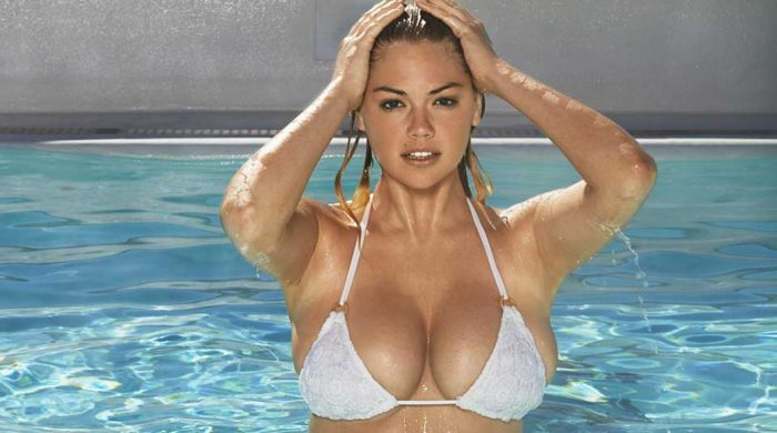 photoshoot in topless di Kate Upton