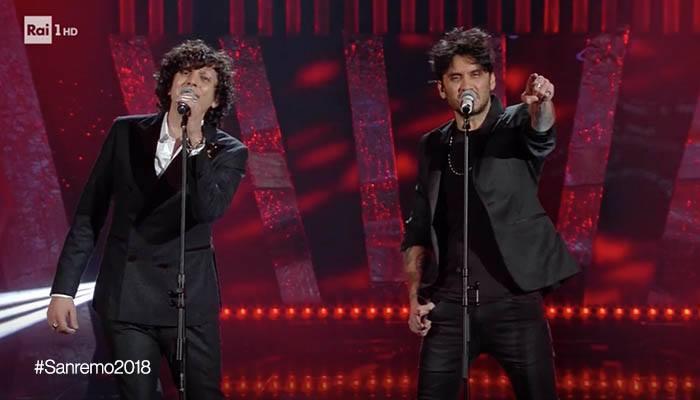 Fabrizio Moro e Ermal Meta rischiano la squalifica da Sanremo