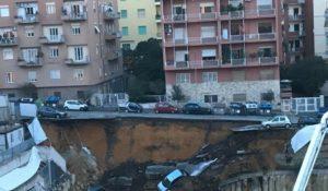 Roma, si apre voragine alla Balduina: auto sprofondano per 10 metri. Le immagini