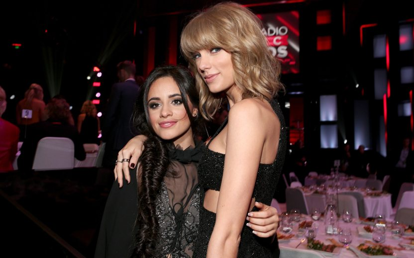 camila cabello difende taylor swift