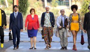 ARRIVANO I PROF, Claudio Bisio e il resto del cast vi aspettano dal 1° maggio al cinema