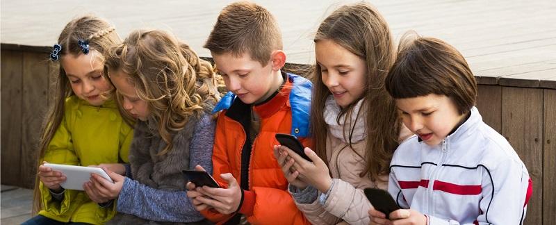francia vieta uso cellulare scuola