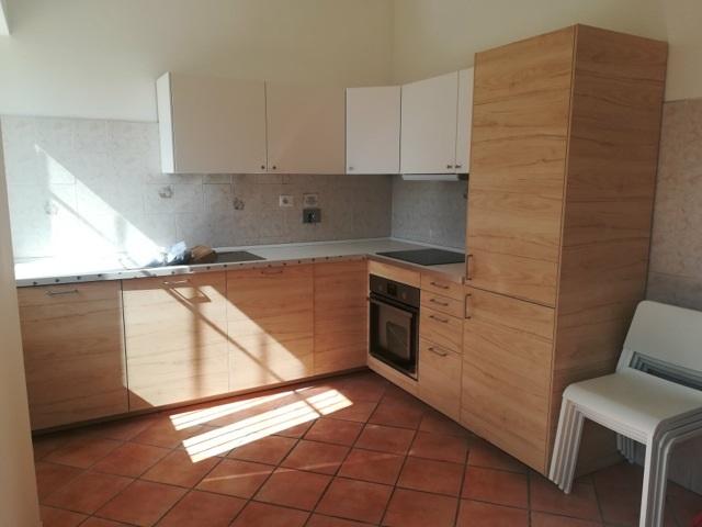 Camere Da Letto Ragazzi Roma : Ikea solidale arredato a roma appartamento a città dei ragazzi
