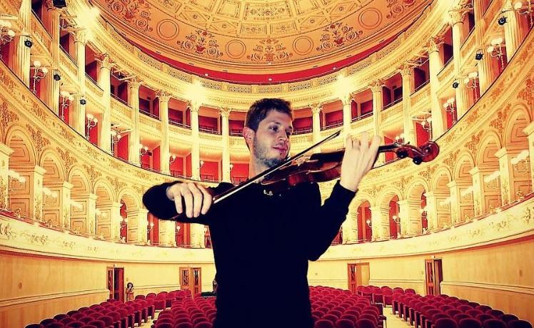 direttore orchestra più giovane di Sanremo