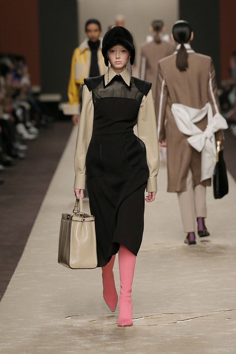 fendi-woman-fallwinter-19-20-look-04_s1