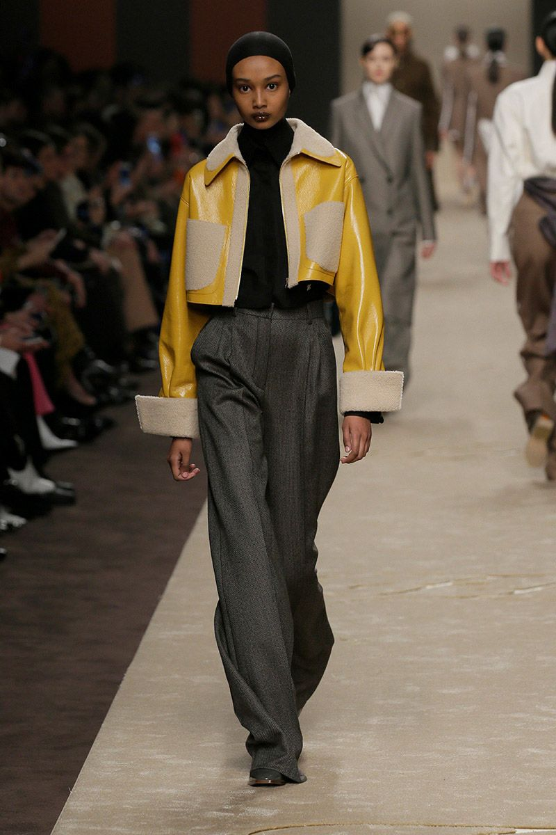 fendi-woman-fallwinter-19-20-look-05_s1
