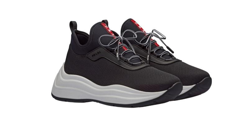 Sneakers in rete (650 euro)
