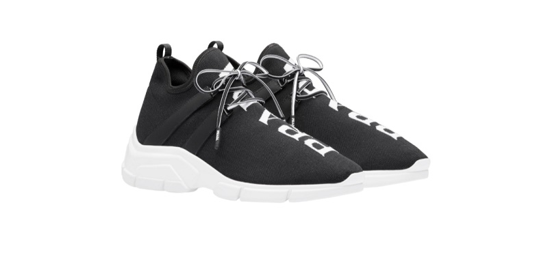 Sneakers in knit (590 euro)