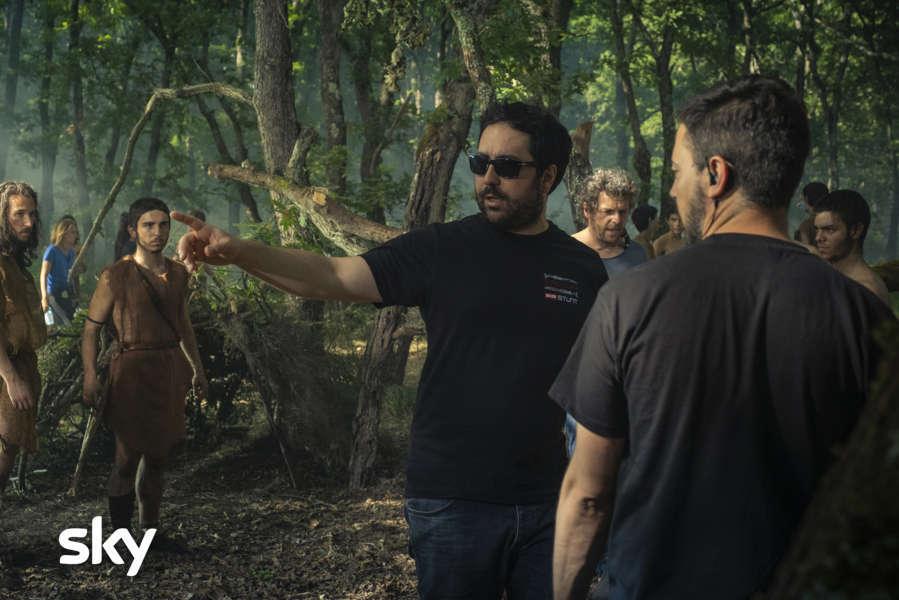 Il regista Matteo Rovere dirige una scena (photocredits: Francesca Fago)