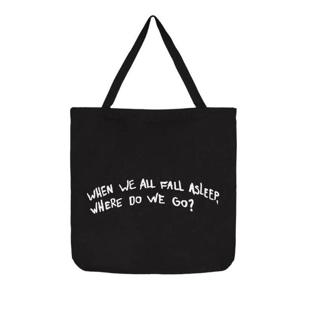 Borsa shopper Billie Eilish x Bershka (12,99 euro)