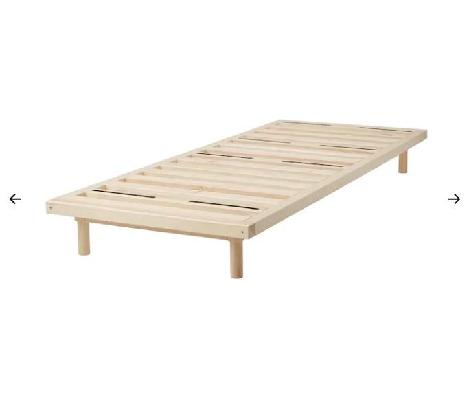 Struttura letto divano, pino, 80x200 cm (180 euro)