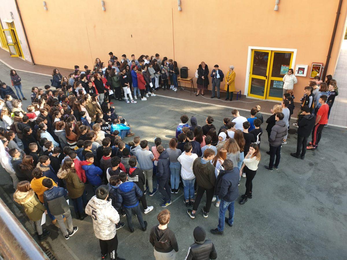 Scuola Secondaria di Primo Grado Dante Alighieri dell'Istituto Comprensivo Centro Ponente a Sanremo