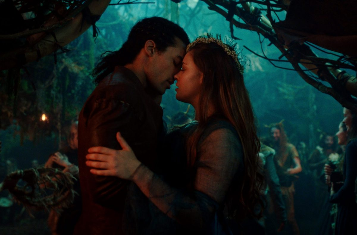 CURSED (L to R) DEVON TERRELL as ARTHUR and KATHERINE LANGFORD as NIMUE in episode 105 of CURSED Cr. COURTESY OF NETFLIX © 2020