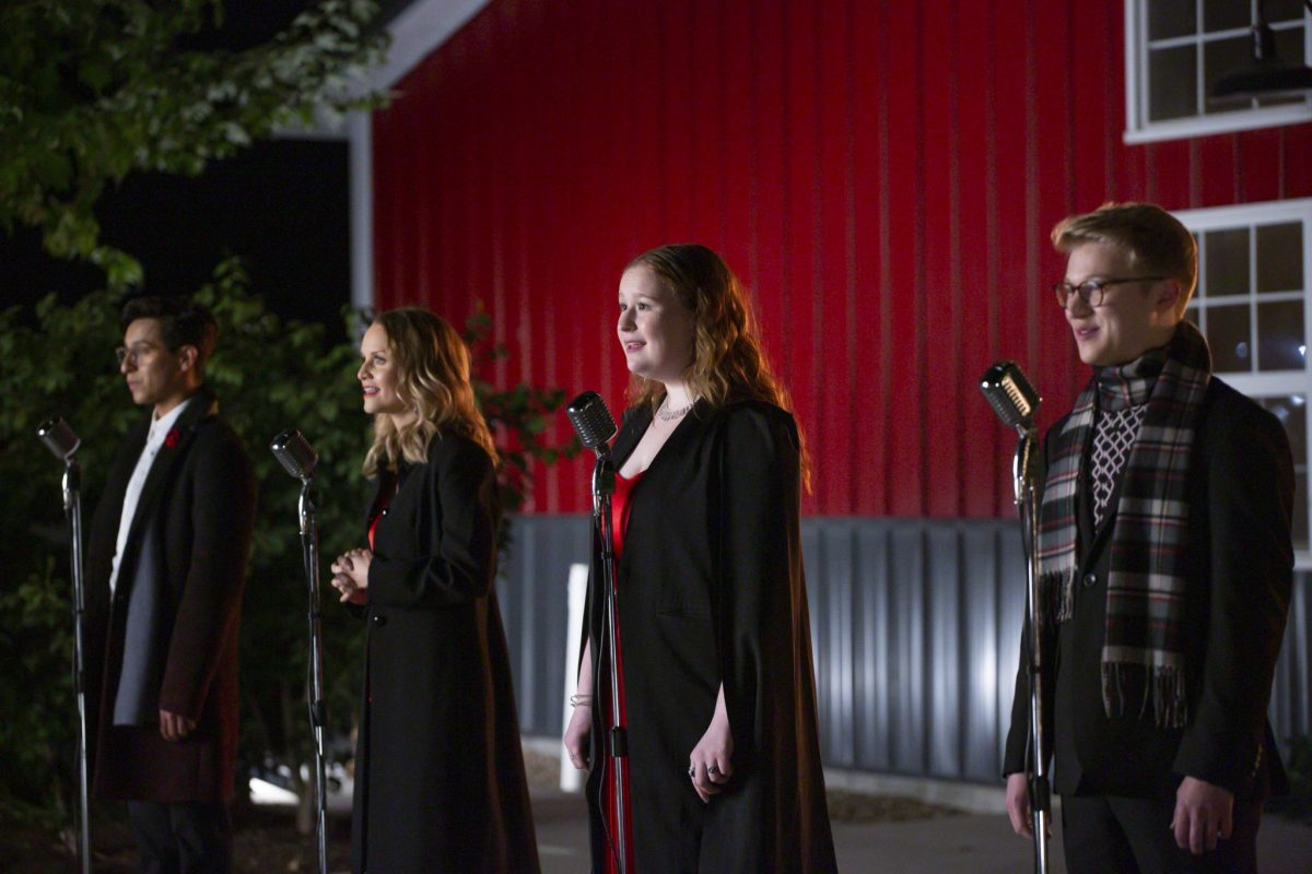 HIGH SCHOOL MUSICAL: THE MUSICAL: THE HOLIDAY SPECIAL  (Disney+/Natalie Cass) FRANKIE A. RODRIGUEZ, KATE REINDERS, JULIA LESTER, JOE SERAFINI