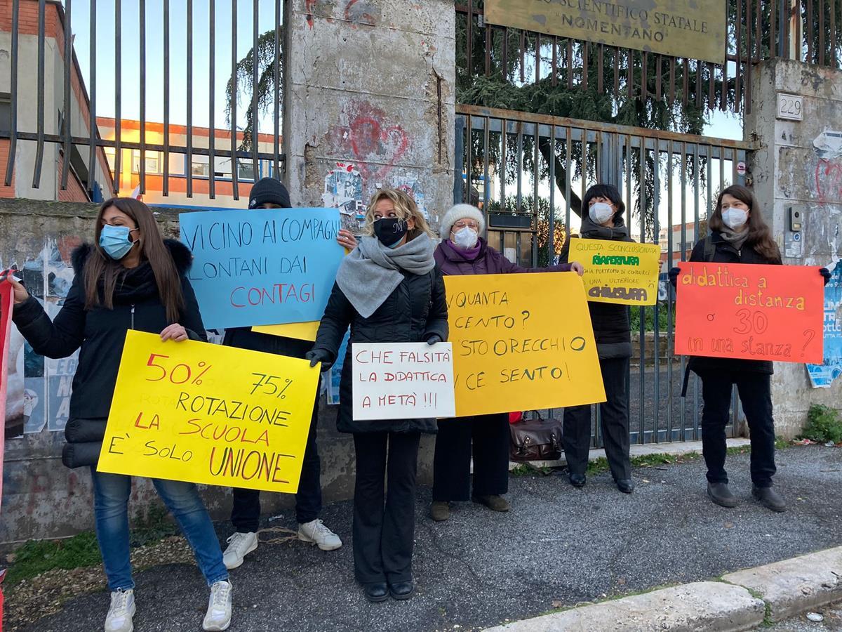 protesta liceo Nomentano (2)