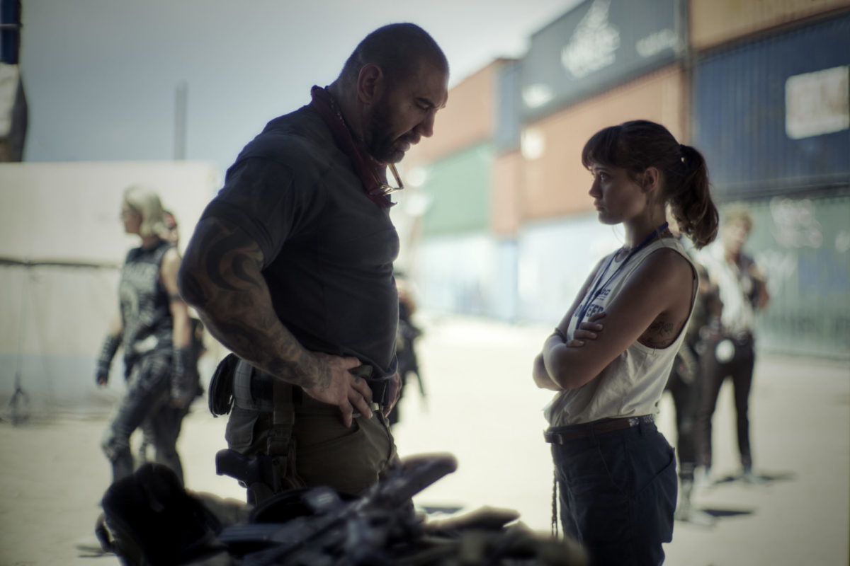 ARMY OF THE DEAD (L to R) DAVE BAUTISTA as SCOTT WARD, ELLA PURNELL as KATE WARD in ARMY OF THE DEAD. Cr. CLAY ENOS/NETFLIX © 2021