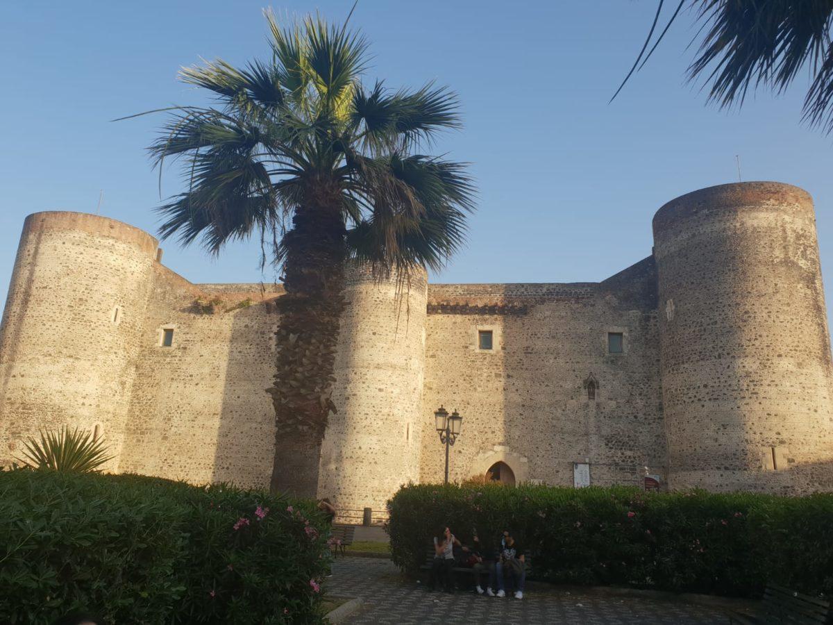 Catania Castello Ursino Piazza Federico II di Svevia