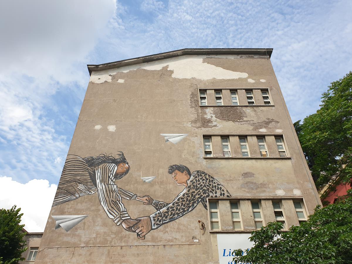 murale liceo manara roma