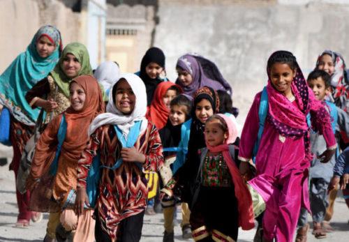 Ragazze e bambine studentesse in Afghanistan