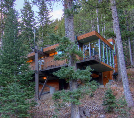 3. The Sundance Mountain Resort 7