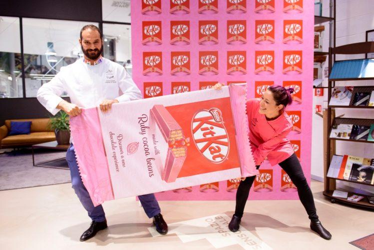 A contribuire alla grande rivoluzione della nascita del KitKat Rosa, la Chocolate Academy di Barry Callebaut.